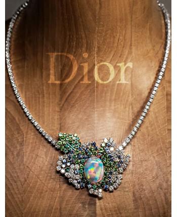 Dior Rose: букет из 116 драгоценных роз